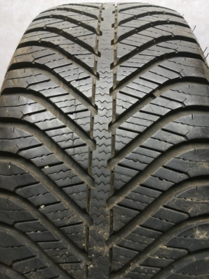 Riepas R-16-205-55-GoodYear Vector 4Seasons (6.5mm)