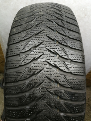 R-16-205-55-Goodyear ultra grip n8 (5.5mm)