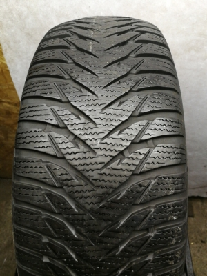 R-16-205-55-Goodyear ultra grip n8 (6.0mm)